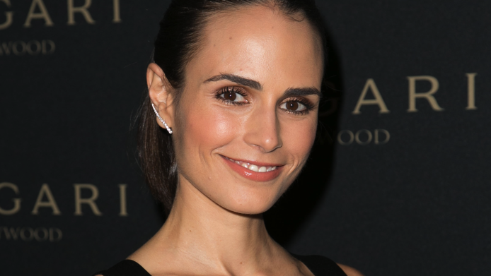 "Hollywood's Humanitarians: How Jordana Brewster ""Paws"