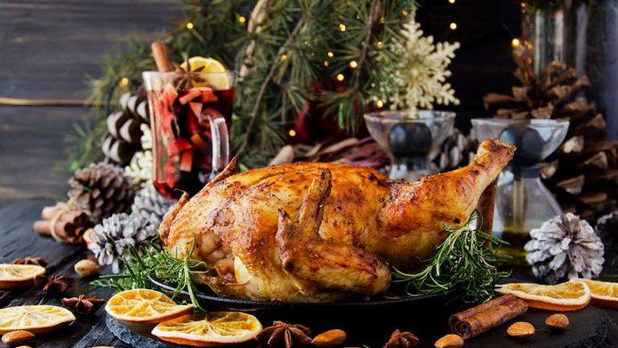 Classic Christmas Food & Drinks &