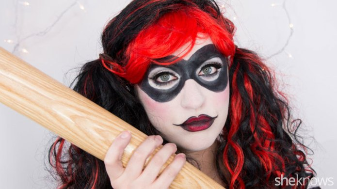 A Harley Quinn Makeup Tutorial for