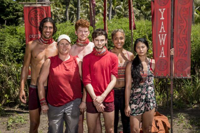 Hustlers tribe together on Survivor: Heroes Vs. Healers Vs. Hustlers