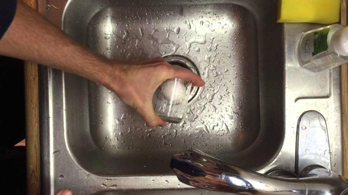 Mind-blowing hack: How to peel an