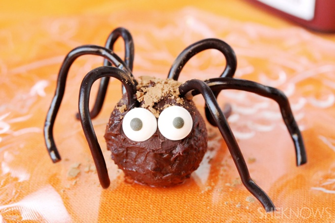34 Halloween foods that'll take your party to the next level: Chocolate truffle spider