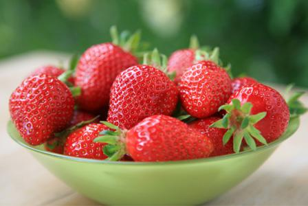 4 Creative savory strawberry recipes