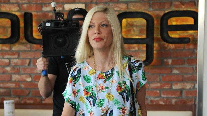 Tori Spelling reportedly consulting divorce attorneys