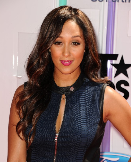 Celebrities On Their Favorite Thanksgiving Dishes | Tamera Mowry