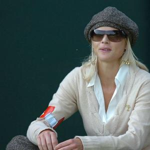 Elin Nordegren gives Lindsey Vonn the