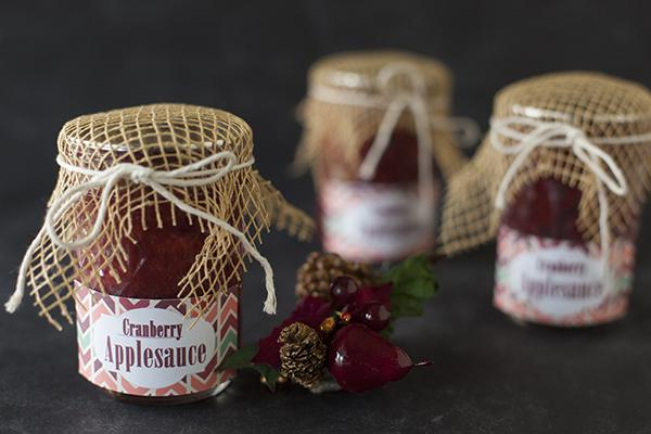 Christmas cranberry applesauce