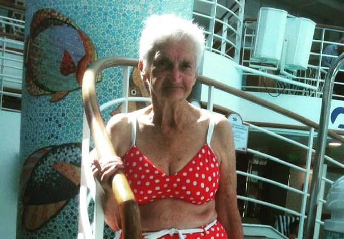 Australian woman, 90, rocks a bikini