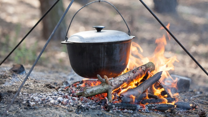 How to start a campfire and