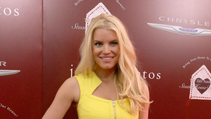 Jessica Simpson: Eric loves me at