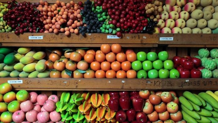 fruit on grocery store shelves