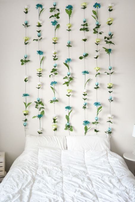 dorm-upgrade-flower-wall-headboard