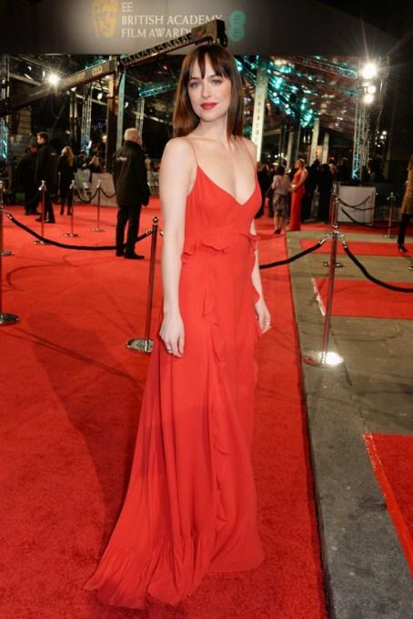 Baftas 2016 red carpet fashion