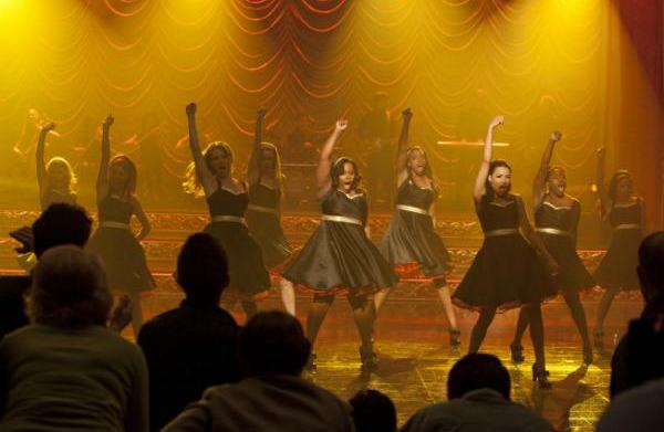 "Glee preview: ""On My Way"