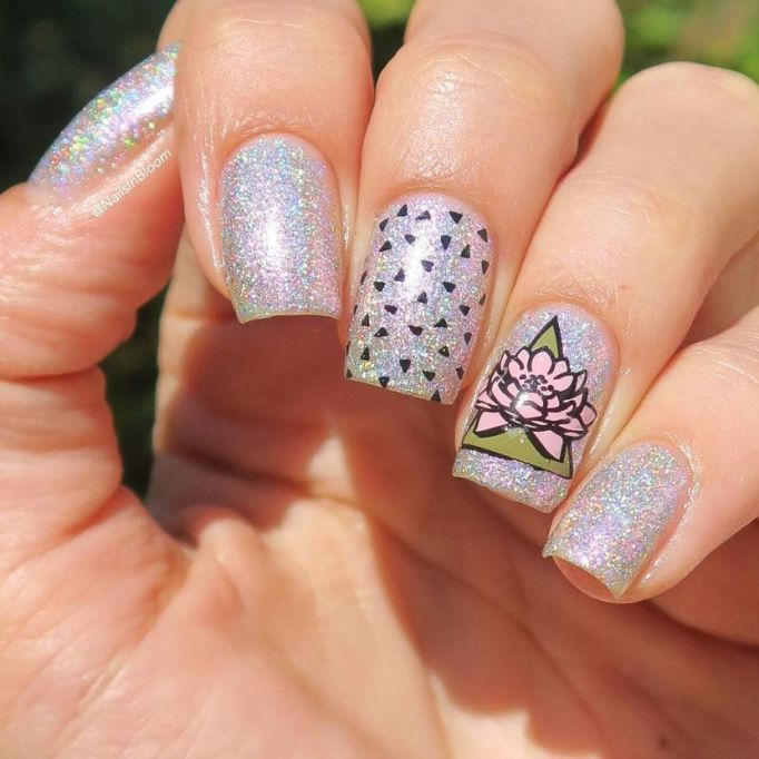 Flower Power Nail Art
