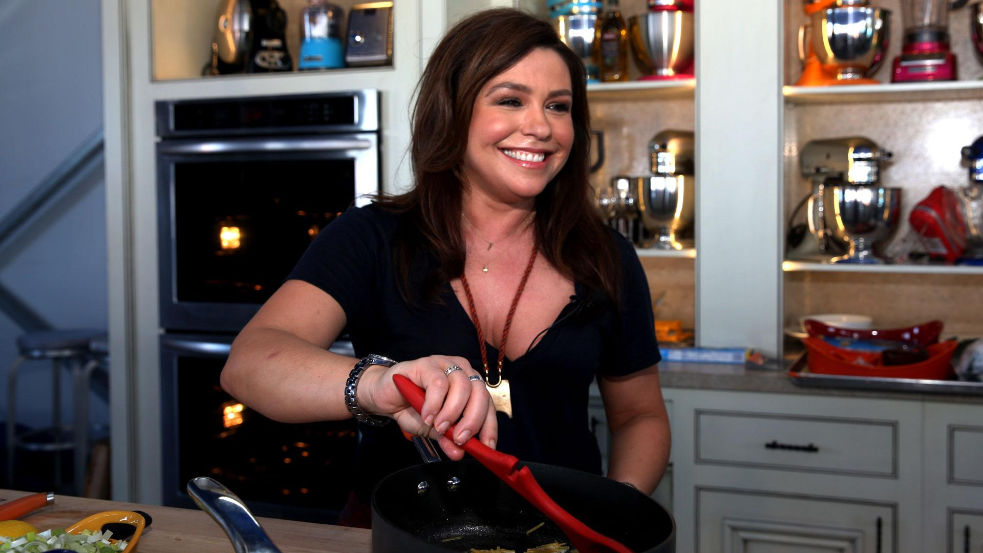 Why we want Rachael Ray as our in-home cook — and BFF
