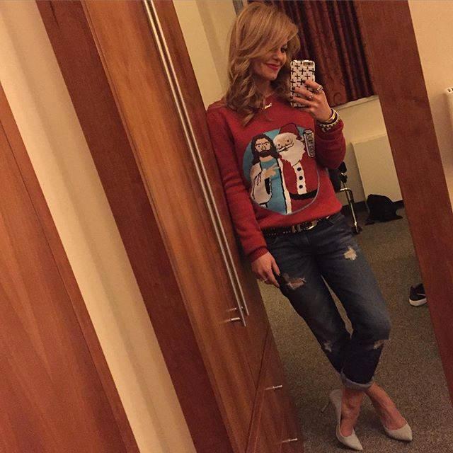 Candace Cameron Bure Christmas sweater