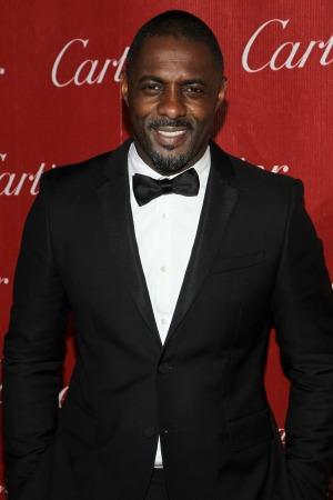 Idris Elba posts raunchy tweets