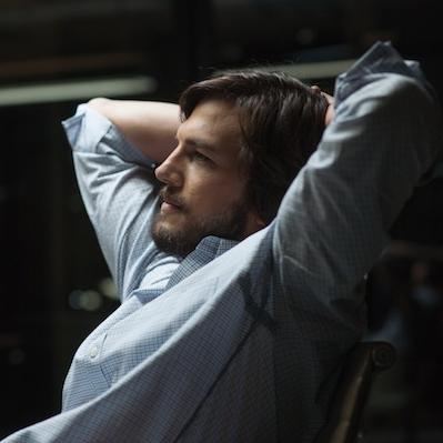 Jobs movie review: Ashton Kutcher's sleek hardware – SheKnows