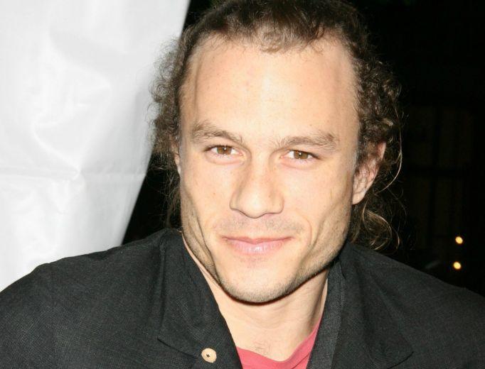 Heath Ledger on red carpet