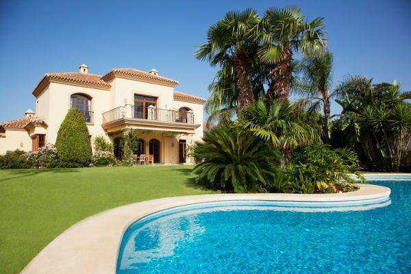 ?5 Tips for buying property abroad