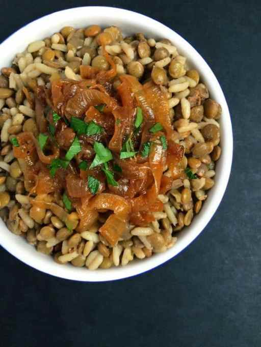 Lebanese lentils, rice and caramelized onions (mujadara)