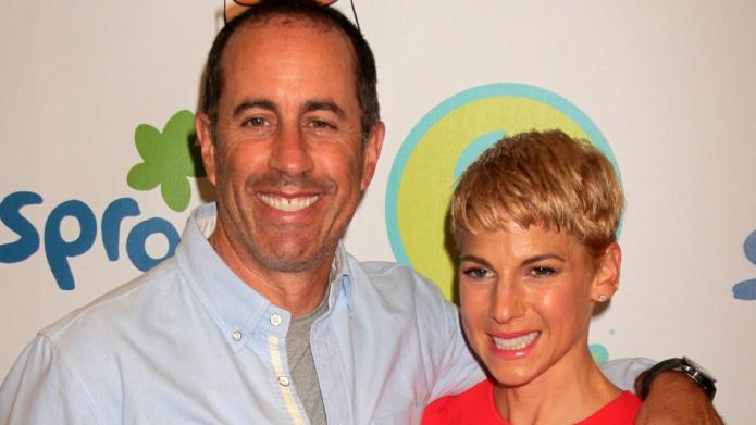 PHOTOS: Seinfeld clan vacations in Greece