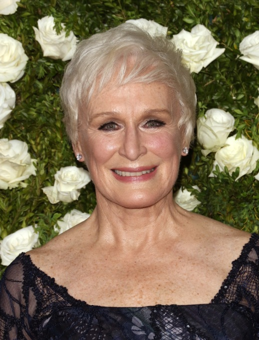 Celebrities On Their Favorite Thanksgiving Dishes | Glenn Close
