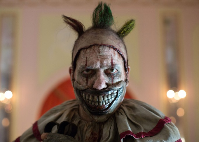 15 Shows Coming and Going on Netflix this October: American Horror Story Freakshow
