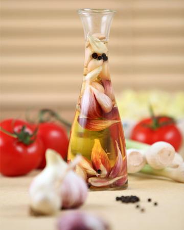 Vinegar infused iwth garlic
