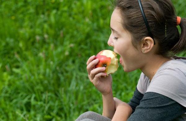 Encouraging teens to eat healthy