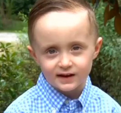 5-Year-old boy feeds homeless man in