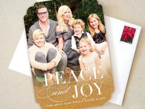 Tori Spelling's 2015 Christmas card