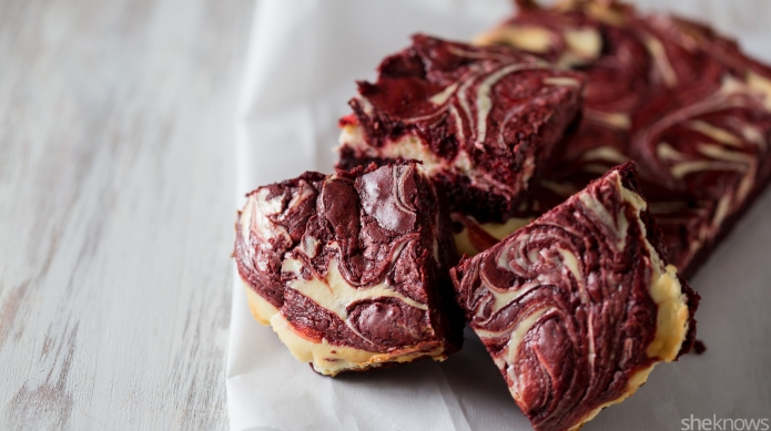Dress up your brownies in red