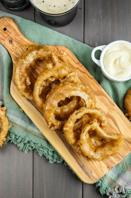 Guinness beer-battered onion rings with dip