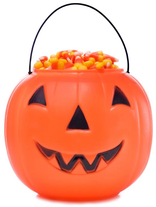 Halloween candy in a pumpkin   Sheknows.ca