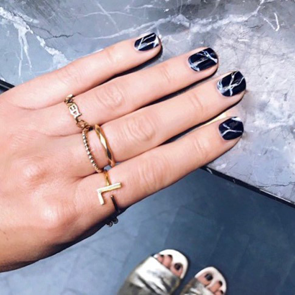 Top Nail Trends For 2018 | Marbled Nails
