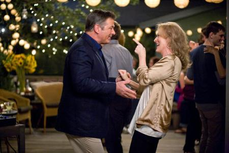 Alec Baldwin and Meryl Streep do a little boogie in It's Complicated