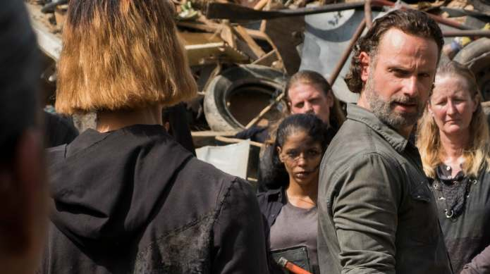 Do New Photos From The Walking