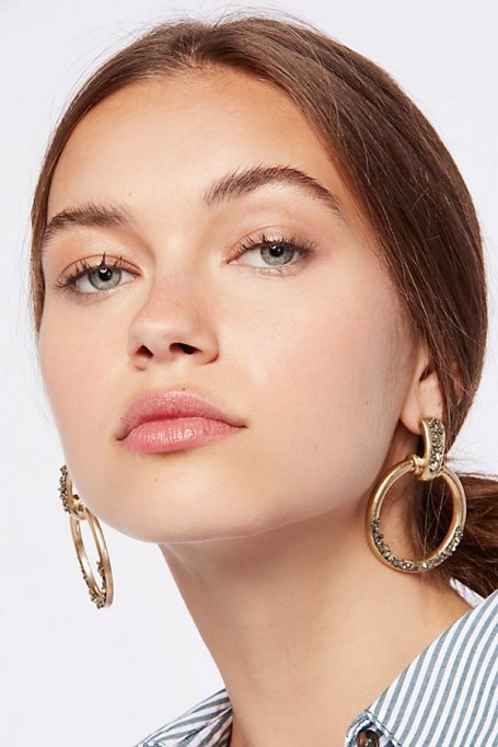 Gorgeous Jewelry Finds That Look Expensive: Stoned Farrah Knocker Hoops | Inexpensive Jewelry Trends