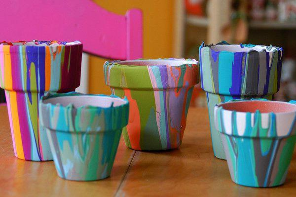 Easter activity: painting plant pots