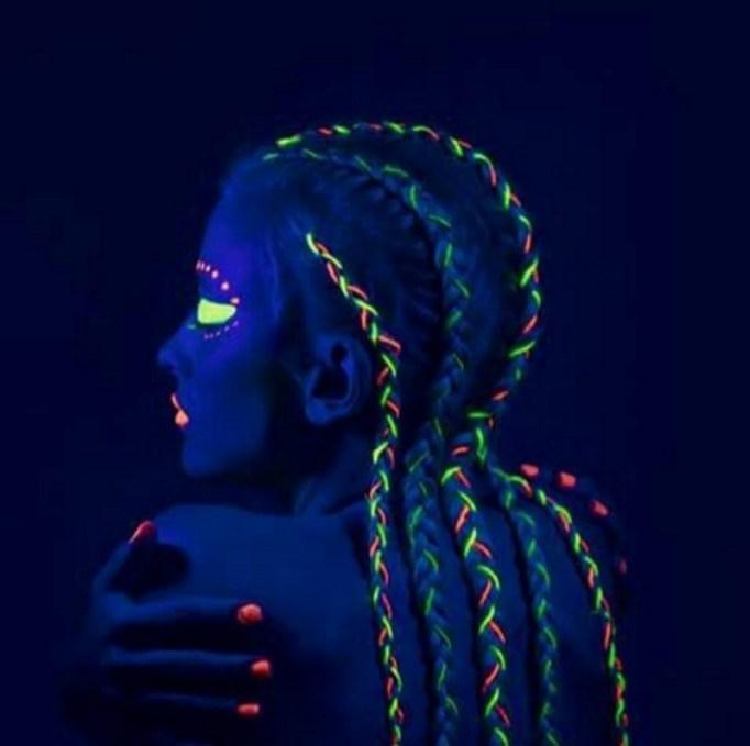 Braided UV reflective hairstyle