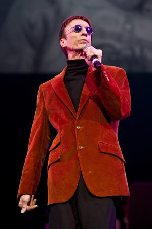 Bee Gees' Robin Gibb dies, aged