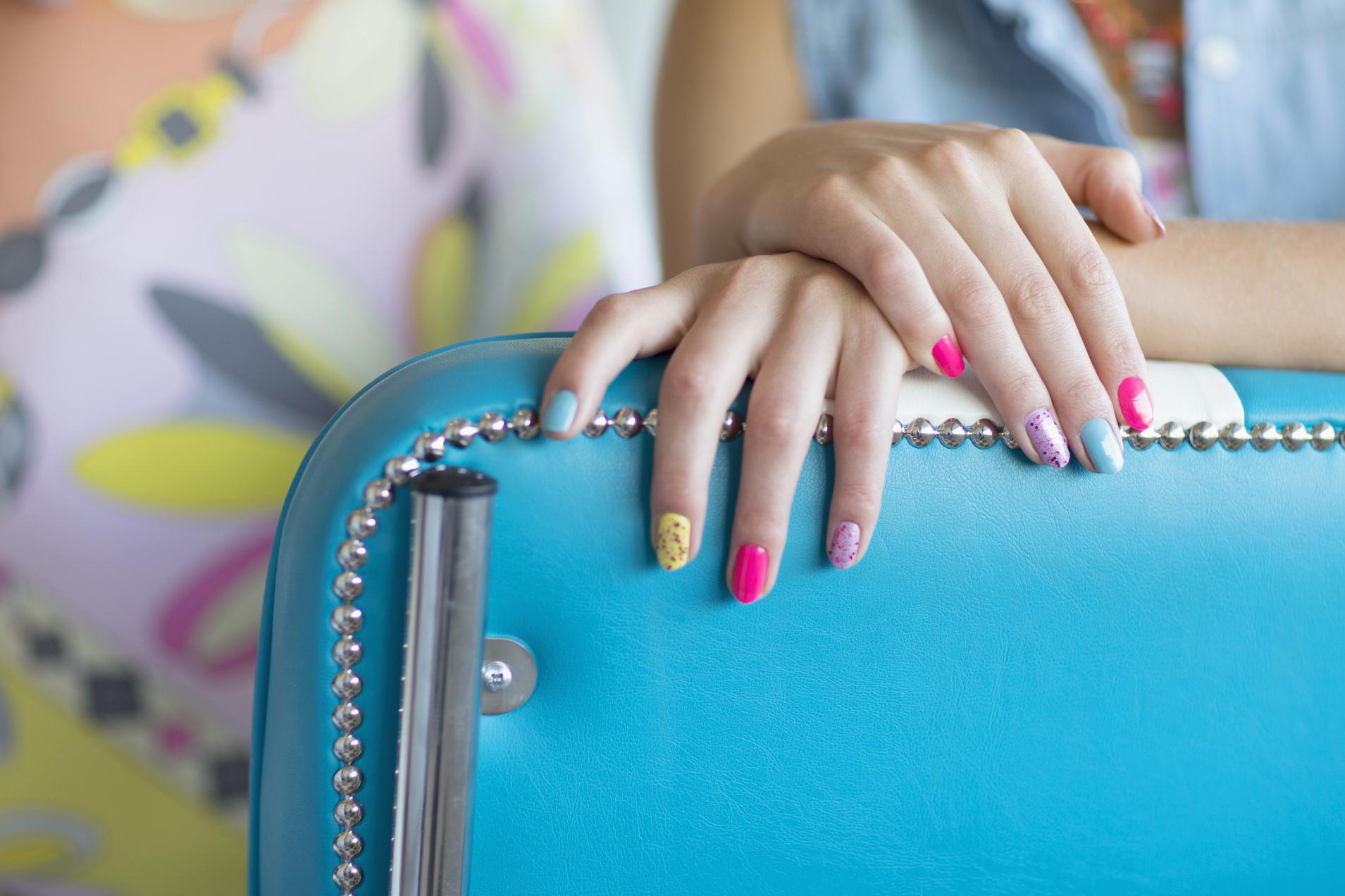 Spray On Nail Polish Will Make Your Perfect Manicure Dreams Come True Sheknows