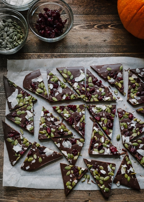 Pumpkin seed recipes to try this fall: chocolate bark with pumpkin seeds and dried cranberries