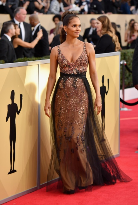2018 SAG Awards Best Dressed: Halle Berry