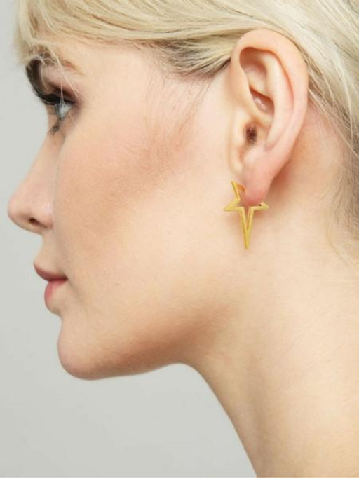 Gorgeous Jewelry Finds That Look Expensive: Halogram Studs | Inexpensive Jewelry Trends