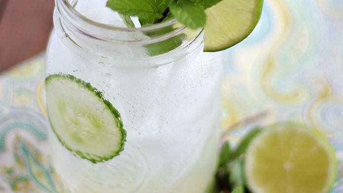 Refreshing cucumber cocktail 3 ways