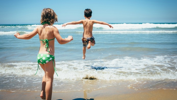 12 Awesome beach hacks for family