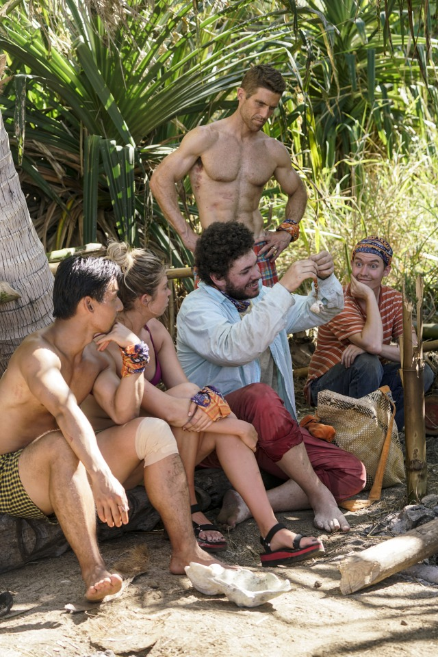 Jacob Derwin shows off fake Idol on Survivor: Ghost Island